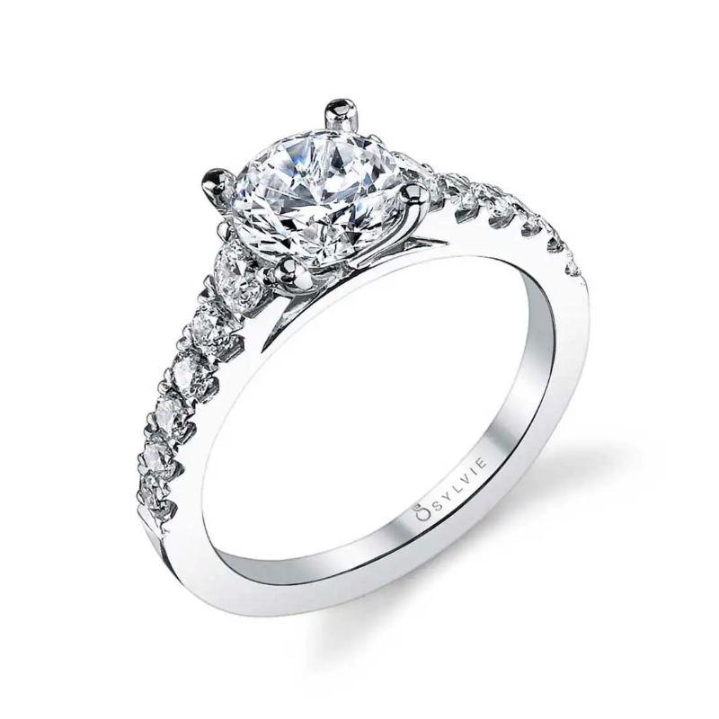 Classic Diamond Engagement Ring - Luna