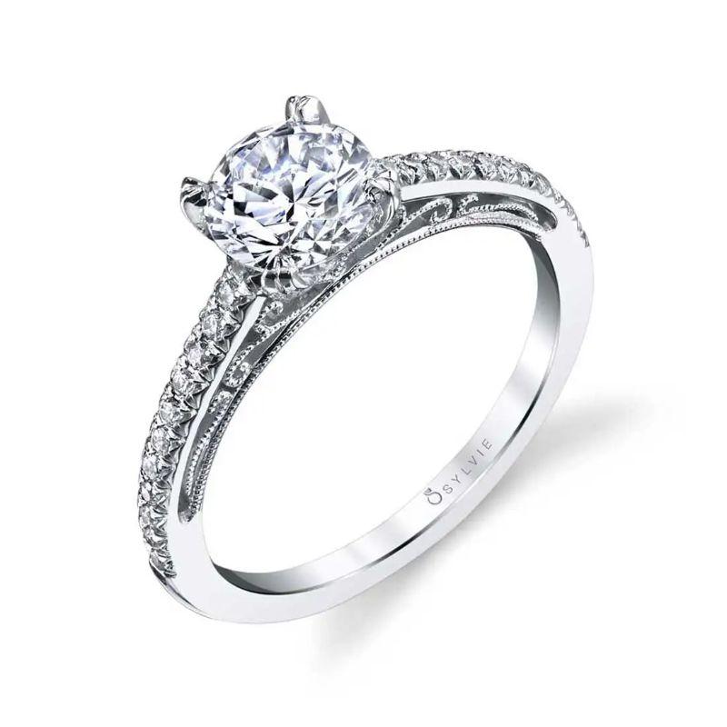 Classic Engagement Ring - Amorette