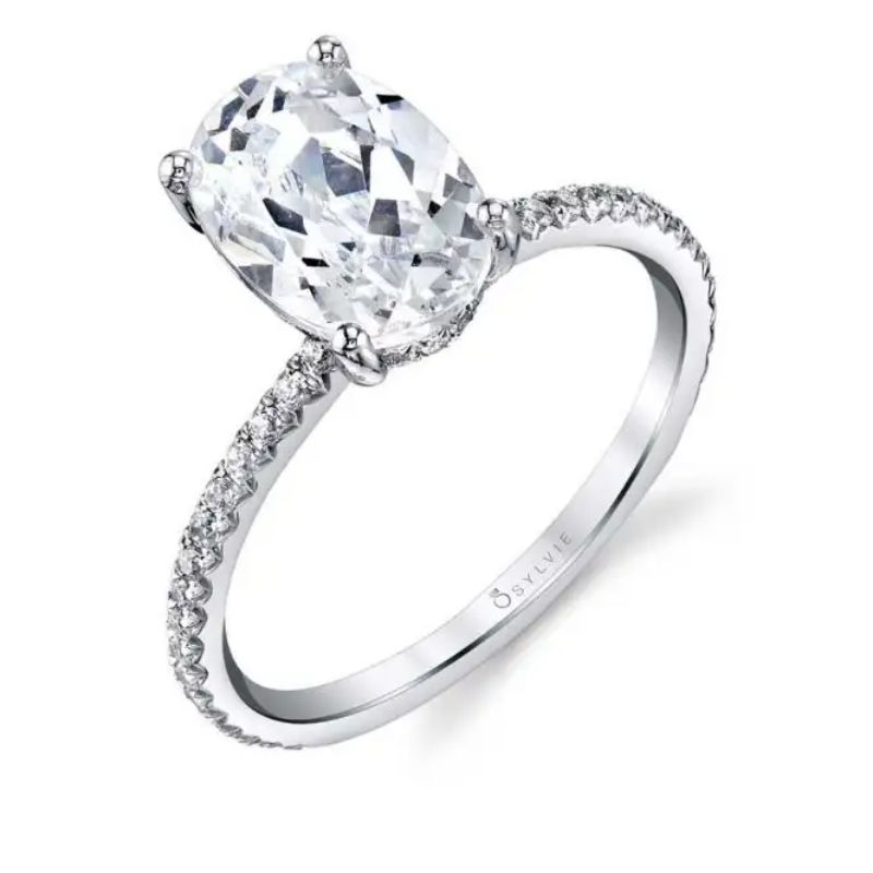 Oval Cut Classic Engagement Ring - Maryam
