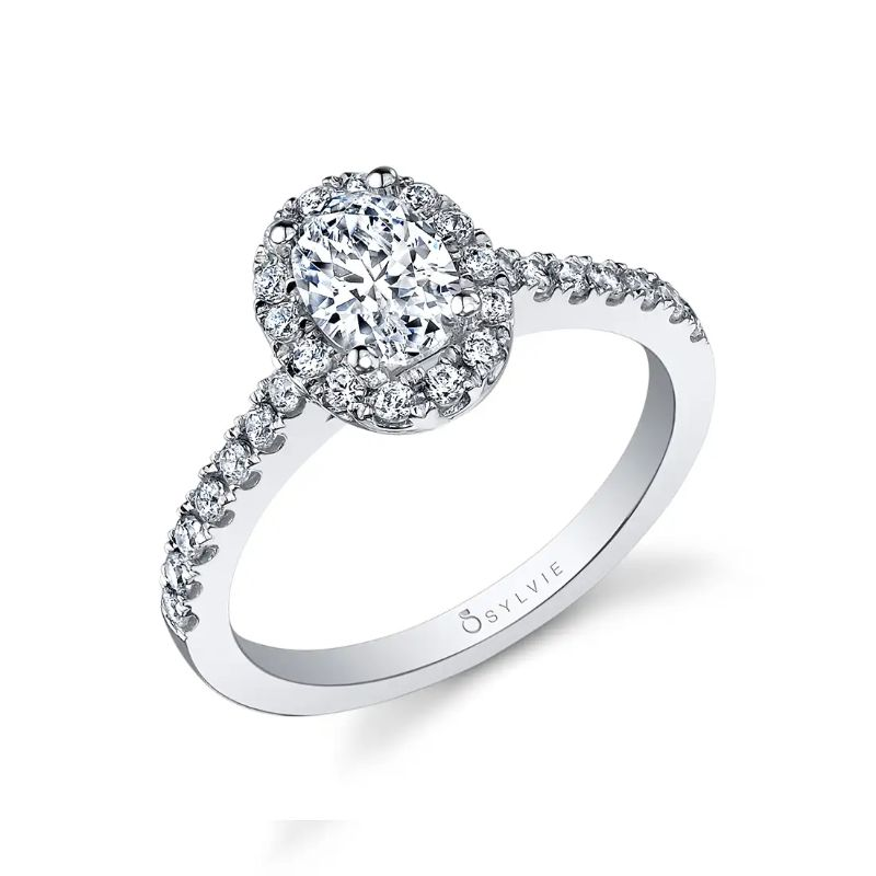 Oval Engagement Ring With Halo - Chantelle
